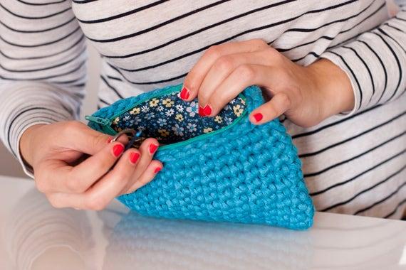 mano Bolso Con a color Etsy azul hecho verdoso a crochet OrxqO6E