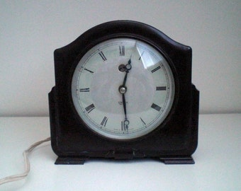 Vintage SMITH Sectric electric bakelite mantelclock,1930,Made in England,Art Deco.