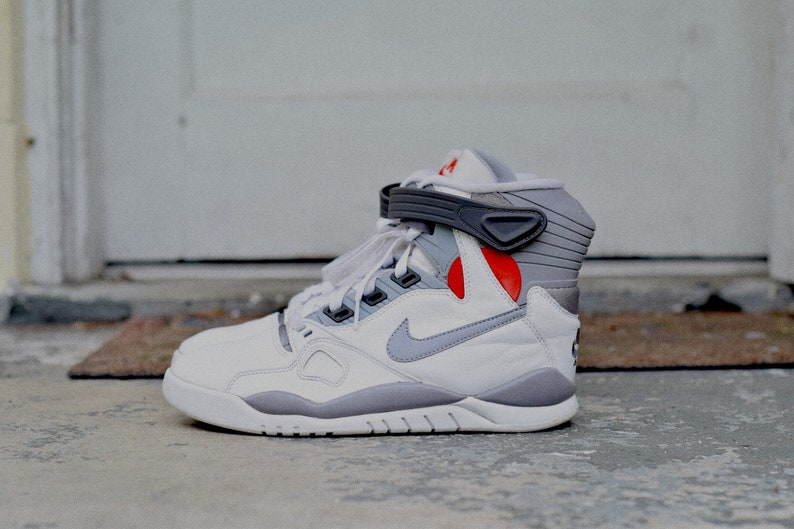 best website 364df 464d8 Nike Air Pressure vintage size 8   Etsy