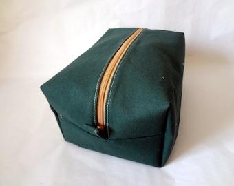 Men's Travel Bag in Forest Green- toiletry, dopp kit, shaving kit