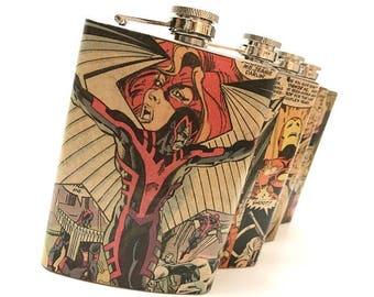 Superhero Flask - Comic Book Flask - Geek Hip Flask Personalized Gift - Groomsmen Flask - Geek Wedding Favor - Bachelor Gift - Father's Day