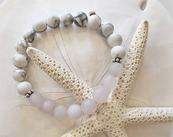 Frosted White HOWLITE Beaded Bracelet with Frosted ROSE QUARTZ Healing Beads//Sterling Silver Accent Beads// Healing Bracelet