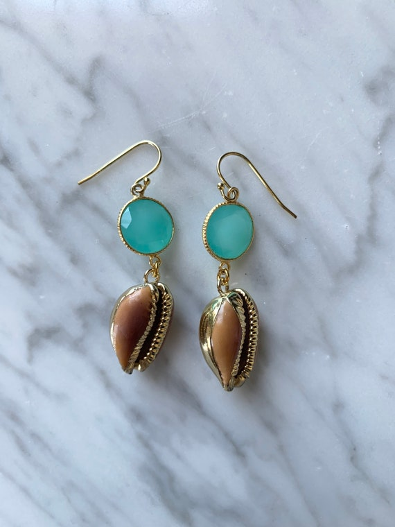 Beautiful GOLD-Dipped Goddess COWRIE Shell + Blue CHALCEDONY Earrings// Shell Earrings/ Seashell Jewelry// Nautical Jewelry/ Cowry Shells