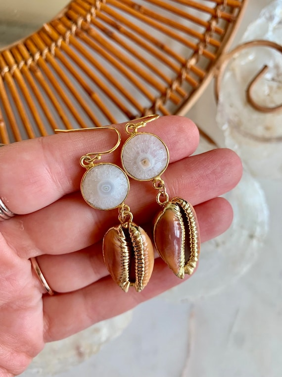 Beautiful GOLD-Dipped Goddess COWRIE Shell + AGATE Earrings/ Earrings/ Shell Earrings/ Seashell Jewelry/ Nautical Jewelry/ Cowry Shells