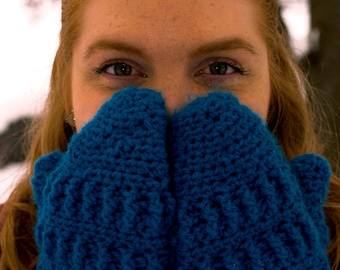 Women's Wintry Mittens Crochet Pattern