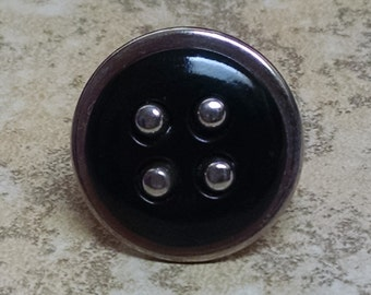 Black and Silver 4dot button ring