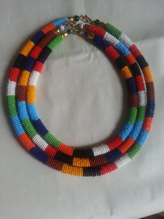 pas mal cfd76 55792 Collier fait main, collier Massaï africain, colliers Massaï, fabriqués à la  main collier pour femme, cadeau pour elle. Collier de perles. Collier ...
