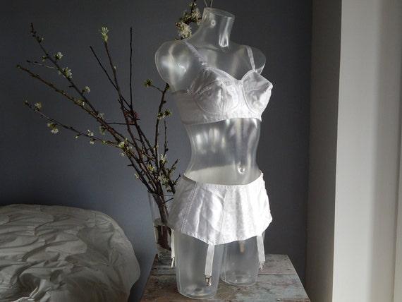 Brassiere Girdle Soviet -Time Vintage White Suspen