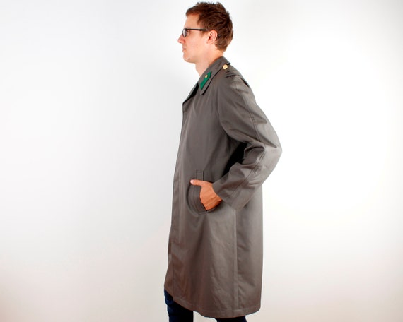 Dark Grey Trenchcoat Mens Long Military Style Rai… - image 5