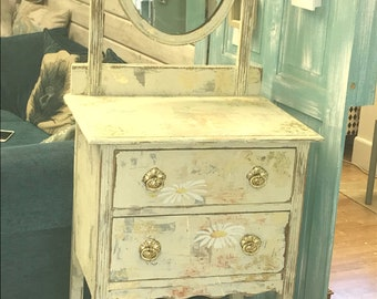 Shabby chic small dressing table with mirror
