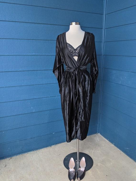 Vintage 1940s Wrap Dress/Robe - image 2
