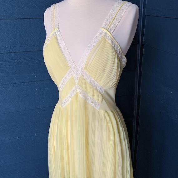 Faerie Surelock Crystal Pleated Nightgown - image 4