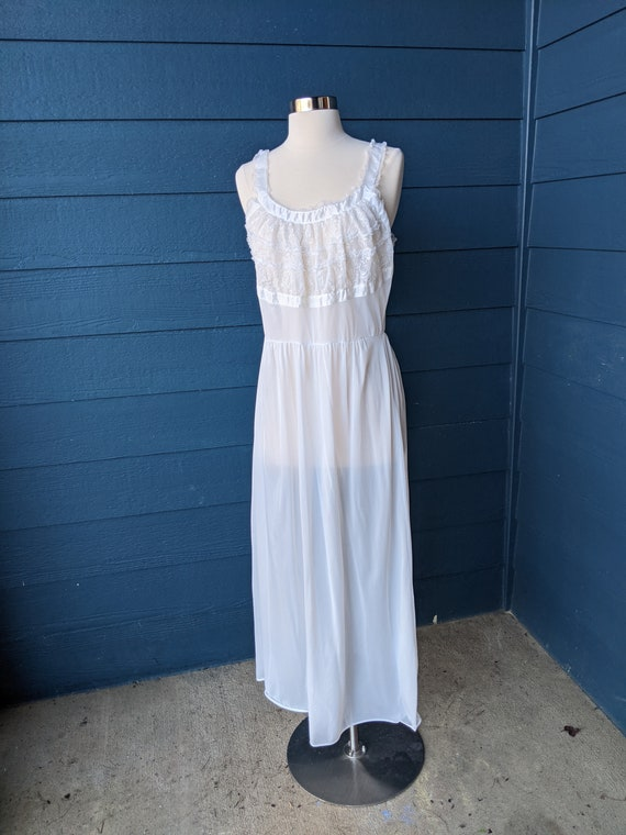 Vintage 1950s Blue Swan Nightgown