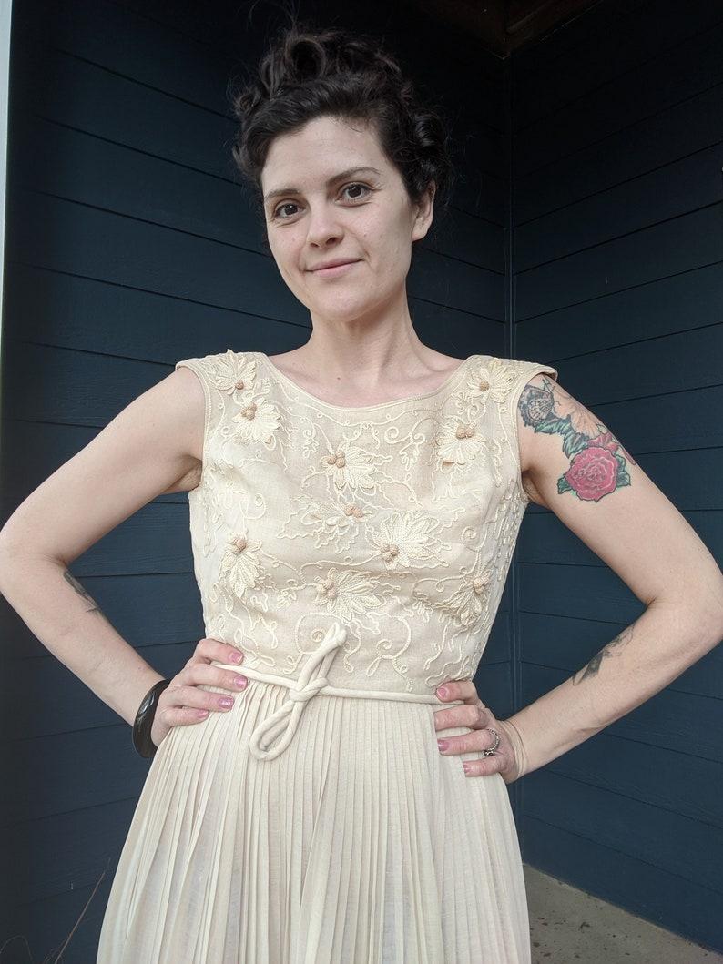 Vintage Carlye Linen Dress