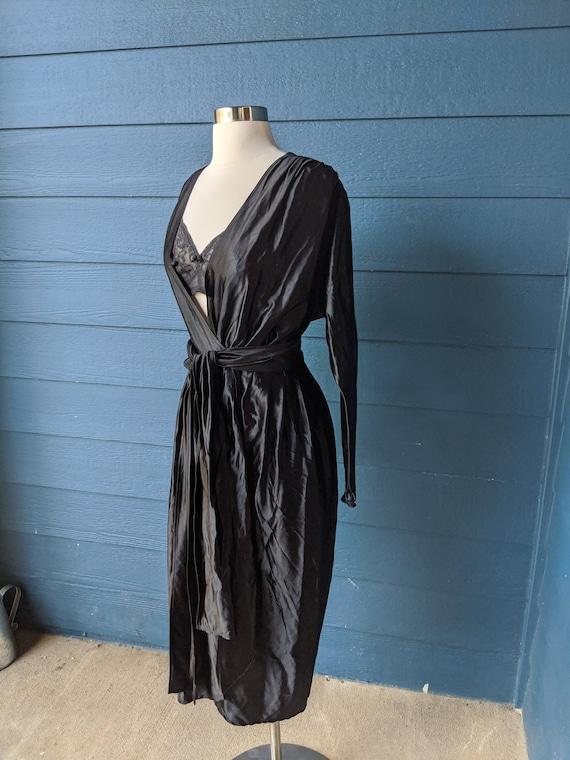 Vintage 1940s Wrap Dress/Robe - image 4