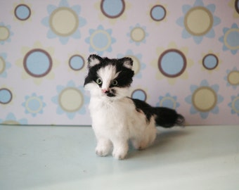 Cat gifts Custom cat portrait Cat memorial Personalized pet Cat miniature Custom pet Cat statue Cat figure Tuxedo Cat loss cat gifts