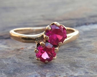 Ladies Vintage Art Deco Crossover Ruby Ring 10k July Birthstone yellow gold 2 stone bypass Victorian Claw Set  toi et moi