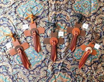 Cowboy saddle Cross, bullhide leather, bullhide conchos, brown and dark brown, latigo