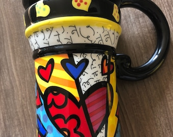 cute Romero Britto ceramic heart mug. For coffee and tea with lid! Free shipping!