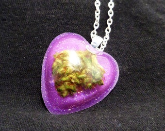 Weed Heart Necklace-Heart Jewelry-Valentines Day-Cannabis Pendant-Heart Pendant-Weed Jewelry-Weed Pendant-Real Weed Necklace