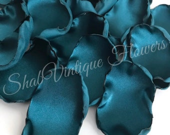 wedding decoration. 100 flower petals in turquoise fabric