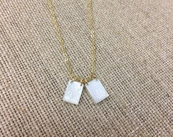 """Scapular necklace with mother of pearls pendants - chain 16"""". Escapulario con dijes de madre perla en cadena de 16""""."""