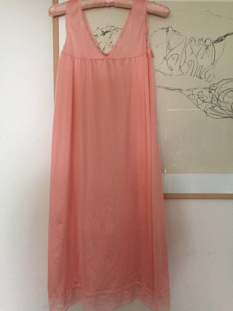 Nitgown Dress Tie Bow Keyhole Boho Prairie Baby Pink Satin Lace Floral Embroidered Nightie Medium Gorgeous Peach Salmon Pink Slip