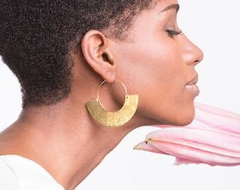 Boho earring, africa jewelry, africa earrings, boho jewelry, tribal earrings, bohemian earrings, crescent earrings, fan golden earrings