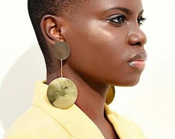 Large gold Brass Dangle Earrings, Clip Dangle earrings, Round dangle earrings, boho dangle drop earrings, Long drop earrings, large earrings