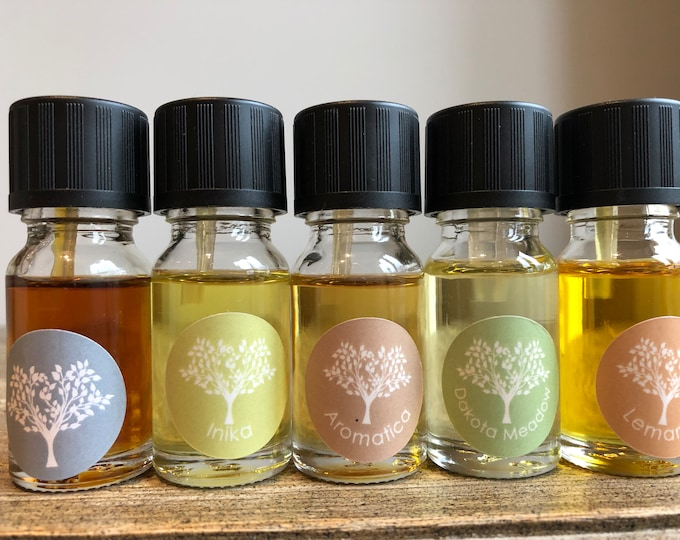 Organic Essential Oils Gift Set. 5 x 10 ml Organic Essential Oil Blends in a gift bag. Perfect gift for Oil Burner Lovers.