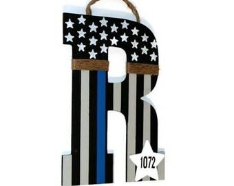 Thin blue line Door Wreath American Flag Letter Wreath Decoration Police Officer Peace Patriotic Initial Letter Monogram Door Wreath Hanger