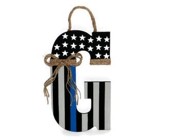 Police Thin blue line American Flag Letter Wreath Door Wreath Decoration Police Officer Peace Patriotic Initial Letter Door Wreath Hanger