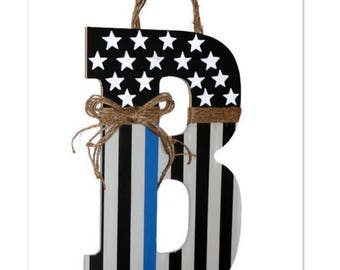 Thin blue line American Flag Letter Wreath Door Wreath Decoration Police Officer Peace Patriotic Initial Letter Monogram Door Wreath Hanger