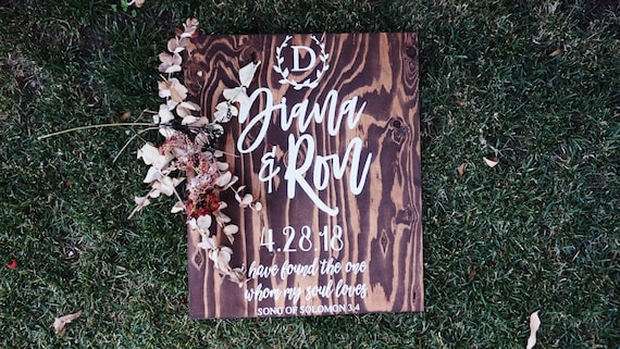 Vertical Wedding Sign / Monogram Wedding Sign | Wedding Gift / Wood Decor / Wedding Decor