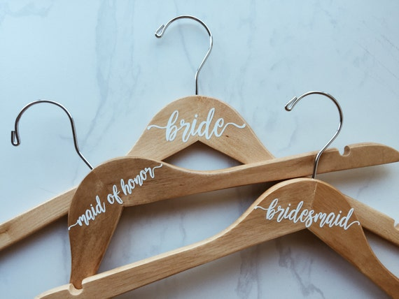 Custom Hangers || Custom Wedding Dress Hanger || Bridesmaid Hangers
