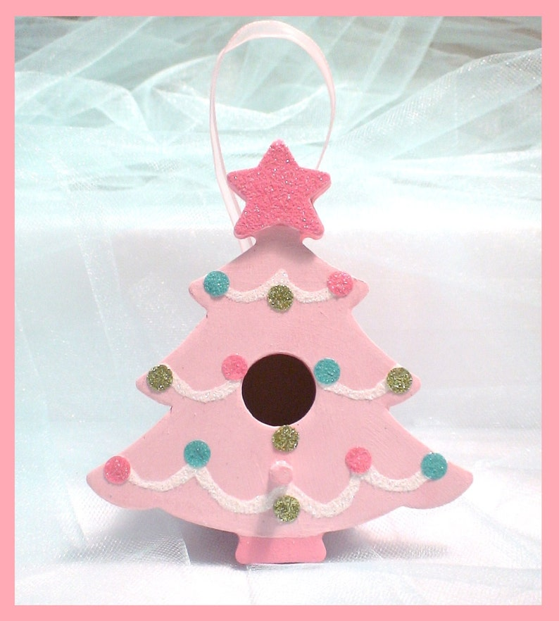 Tannenbaum Pink.Pink Christmas Tree Ornament Pink And Pastel Christmas Tree Birdhouse Tickled Pink Tannenbaum
