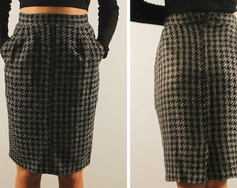 a135ad7811 Vintage wool pencil skirt plaid skirt 1980s made in France office gingham  pencil skirt small medium