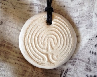 Healing AROMATHERAPY Necklace - Natural WHITE Clay Diffuser PENDANT for Essential Oil