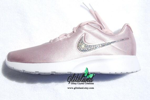 10dd61881d5 Swarovski Nike Women Tanjun Premium Low Top Sneakers