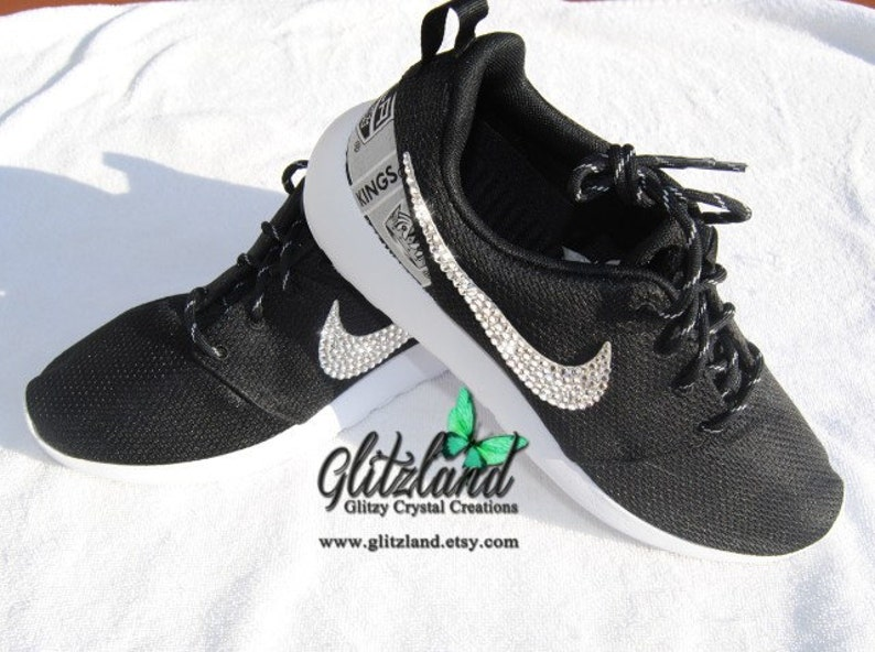 super populaire d023e d251b Swarovski Nike black Roshe Run with NHL LA Kings Print Heel Customized with  SWAROVSKI® Crystals