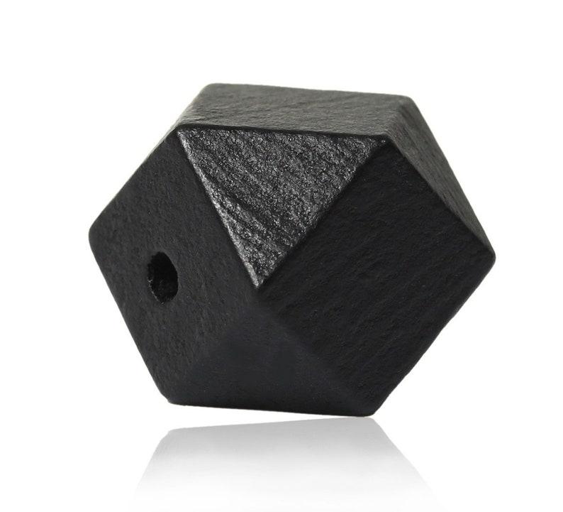 10 Stk - 2 x 2 cm Polygone Sadingo Holzperlen Natur Geometrische Perlen
