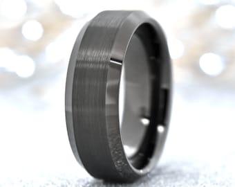 Unisex Subtle Band Tiny Rhinestones Masculine Feri Tungsten Gun Metal Men/'s Ring Tungsten Carbide Size 10.5