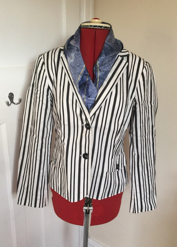 Betty Barclay Womens Short Single Breasted Suit Jacket