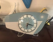 Handmade colour etched Lucite Formica Mantle Clock in Mint Green from Royale - Midcentury French Atomic Retro style