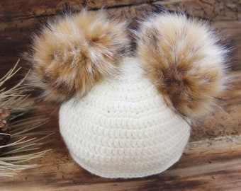 db4659b1573 Winter hat with fox faux fur