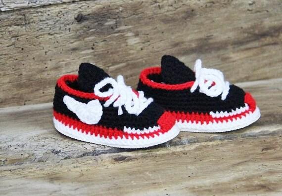 Baskets bébé Nike de crochet, crochet chaussons pour bébé, baskets bébé Nike Air Max, baskets de garçon nouveau né, tricot layette