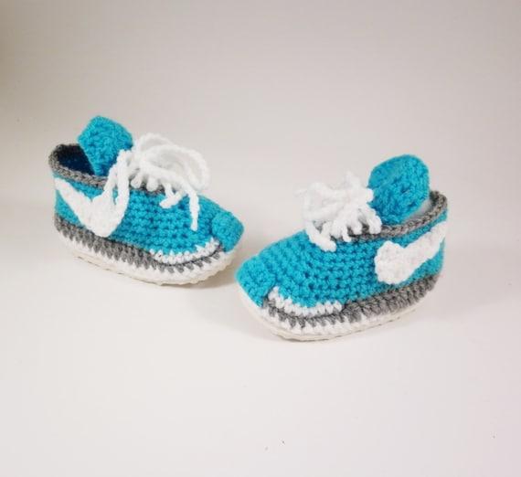 Baby blue sneakers Crochet Nike Crochet clothing womens  172f6eca48