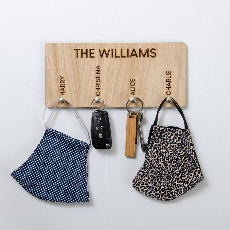 Personalised Key Ring Holder House Keyring Hanger Keyring Hook Personalised Family Home Gift Keychain Hanger