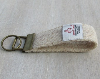 Harris Tweed Pure Wool Oatmeal Beige Looped Keyring On Chunky Metal Key Fob