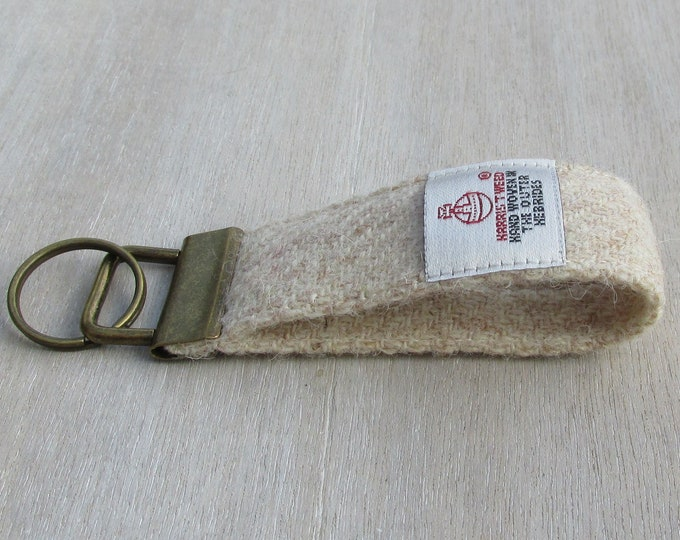 Harris Tweed Pure Wool Oatmeal Beige Looped Keyring On Chunky Metal Key Fob
